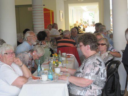 Kaffeetafel in der Seniorenwohnanlage 'Auf der Wierde'